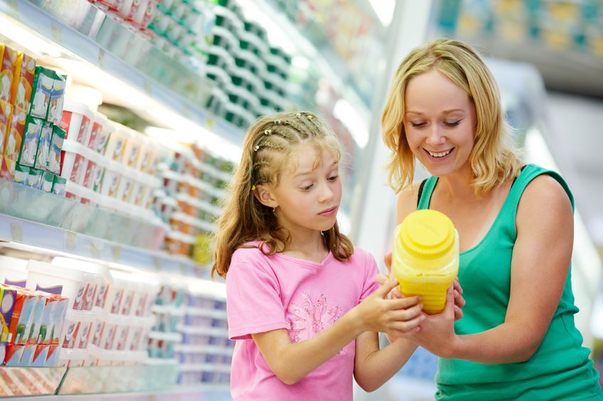 How to Check Food Labels - Shopping Cart for Nuts - Mom Reading Labels